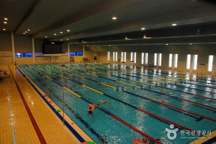 대전광역시시설관리공단 한밭수영장(실내)