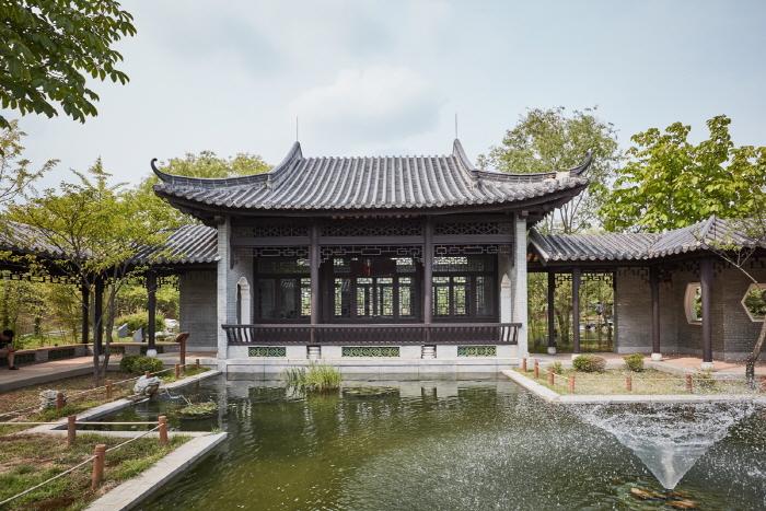 粤華苑(월화원)