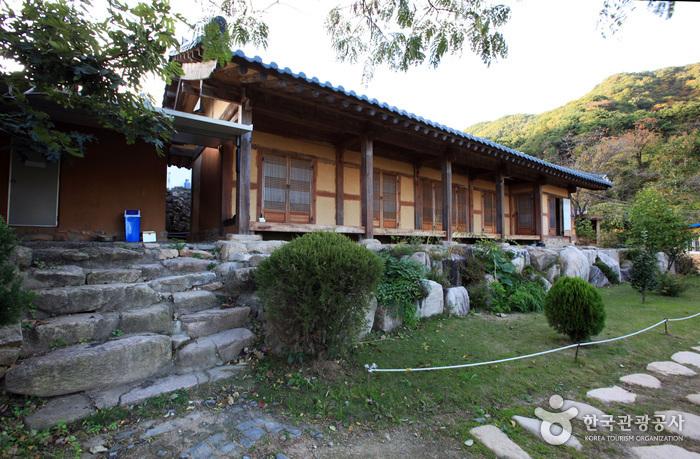 Chodangbang (초당방)