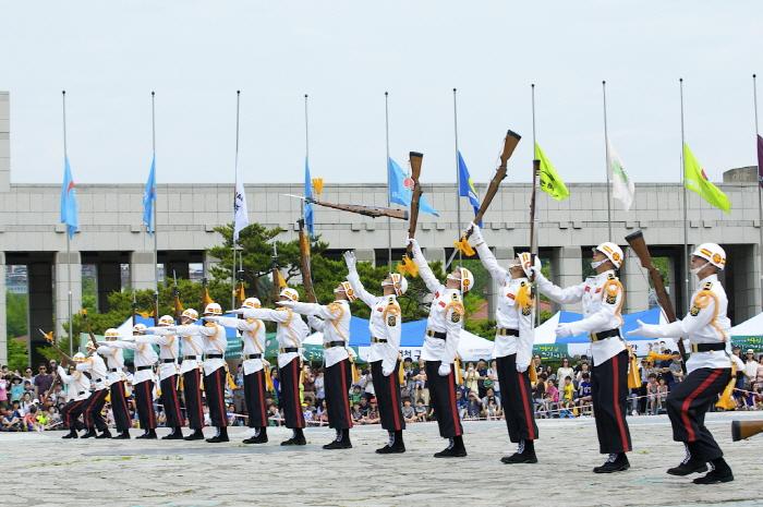 전쟁기념관 현충일 글짓기·그림대회 2019