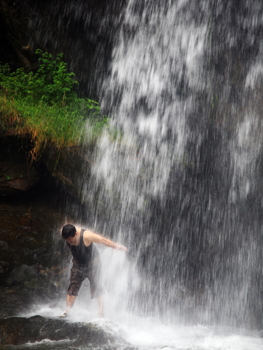 더위도 쫓고 건강도 찾고, 시원한 폭포와 계곡에서 여름과 놀다.