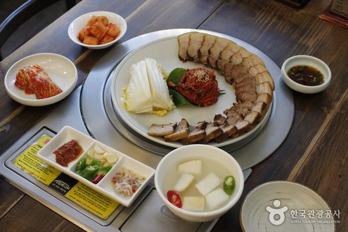 Ресторан Кесон Манду Кун / (개성만두 궁)13