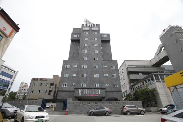 VV Hotel - Goodstay (브이브이 호텔[우수숙박시설 굿스테이])