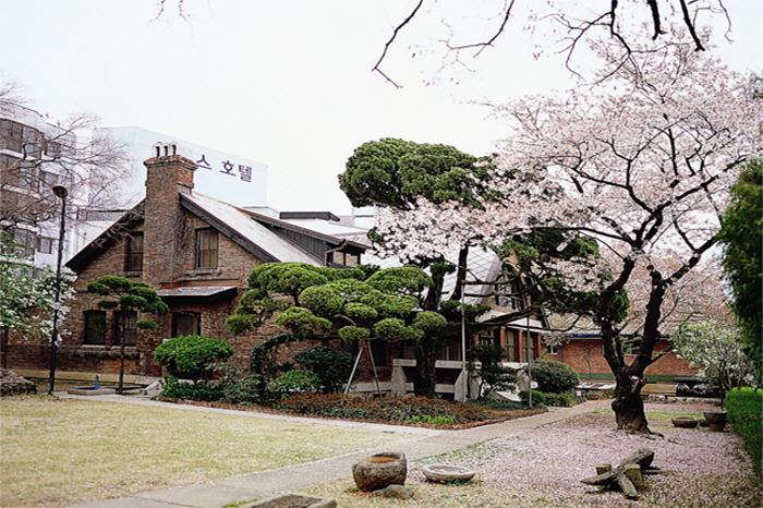 Haus des Missionars Blair (선교사블레어주택)