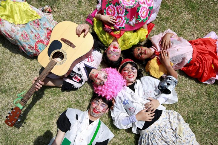 Фестиваль Пхумба в Ымсоне (음성 품바축제)