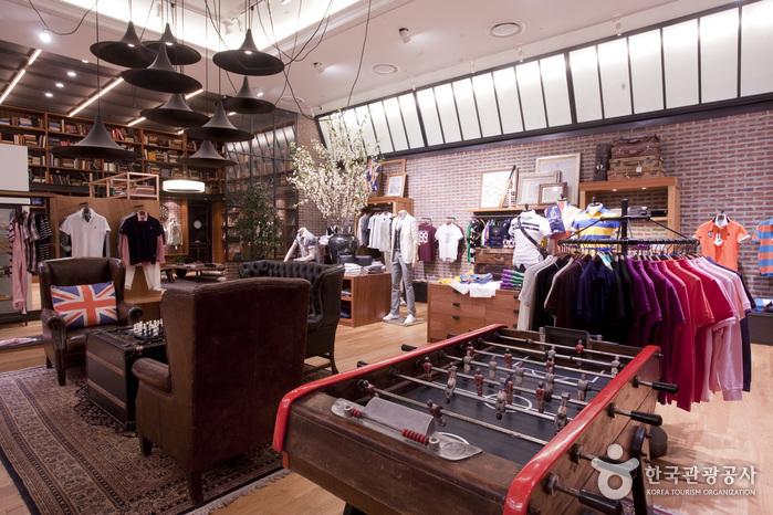 BEAN POLE 时代广场店(빈폴 유플렛 타임스퀘어점)