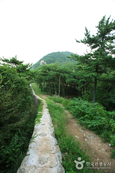 Geumjeongsanseong  Fortress (금정산성)