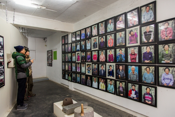 별별미술마을의 우리동네박물관. 마을의 역사와 사연을 고스란히 담고 있다