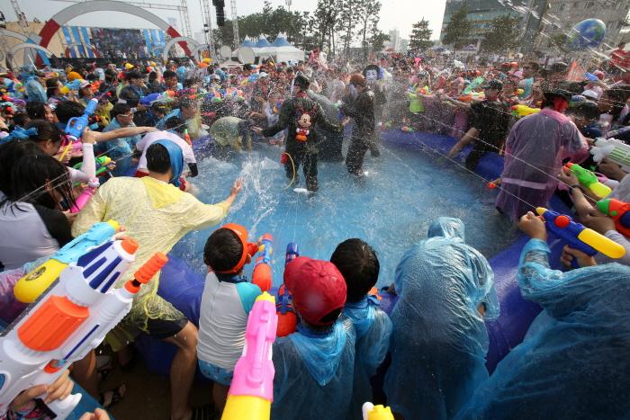 Internationales Feuerwerkfestival Pohang (포항국제불빛축제)
