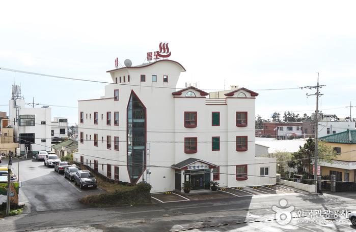 エクウスモーテル[韓国観光品質認証] (에쿠스모텔[한국관광 품질인증/Korea Quality])
