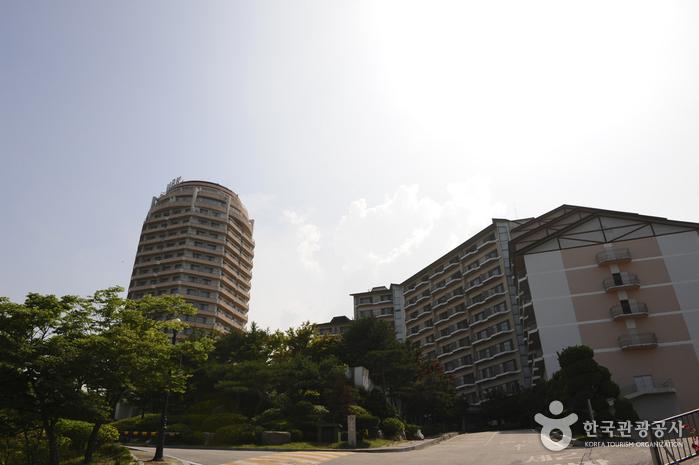 I' Park Condominium (아이파크콘도)