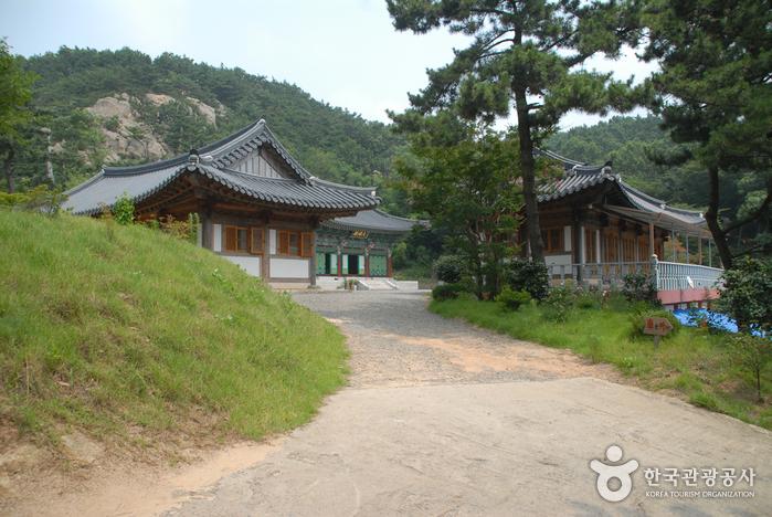 Taean Taeeulam Hermitage (태을암(태안))