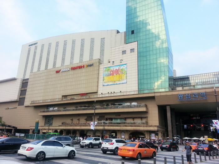 Enter6往十里駅店(엔터식스 왕십리역점)