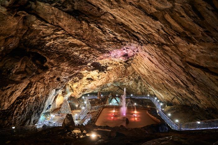 용연동굴 (강원고생대 국가지질공원)