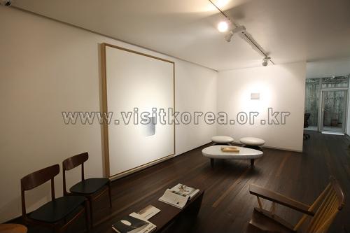 Галерея Чо Хён (조현화랑)17
