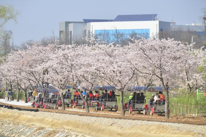 京畿 義王レールパーク(경기의왕레일파크)