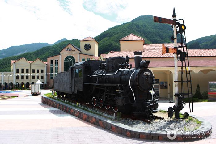 칙칙폭폭~! 기차테마파크로 떠나는 삼척 여름 여행, 아름다운 동해안 풍광은 보너스!