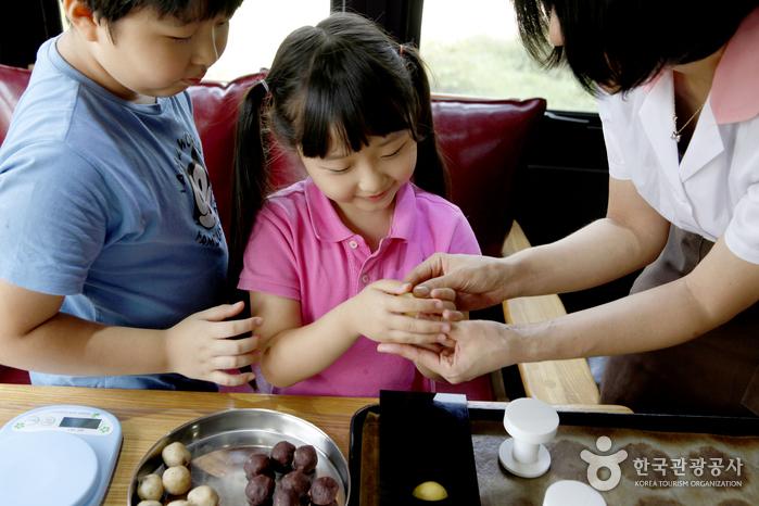 아이들도 좋아하는 삽량빵 체험 교실