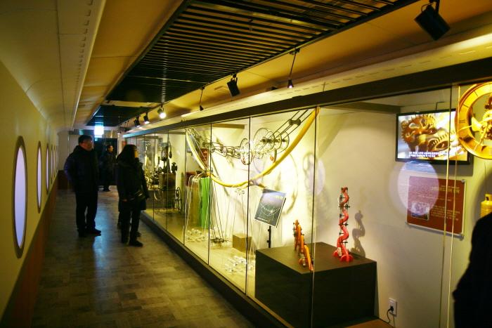 Jeongdongjin Time Museum (정동진시간박물관)