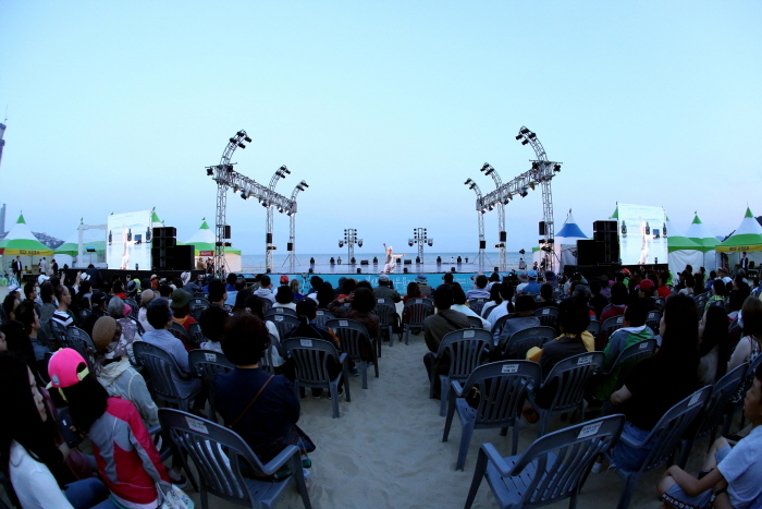 Busan International Dance Festival (부산국제무용제)