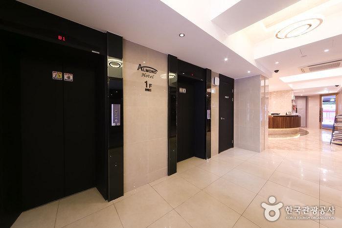 釜山站杏仁酒店[韩国旅游品质认证/Korea Quality](아몬드호텔 [한국관광 품질인증/Korea Quality])