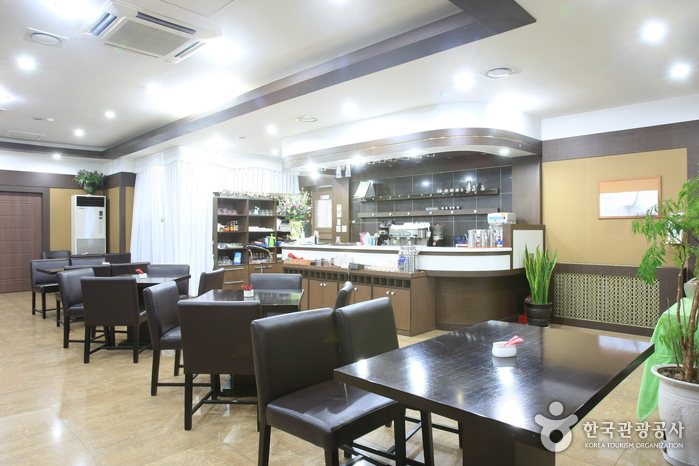 Seoul YMCA Hotel (서울YMCA호텔)