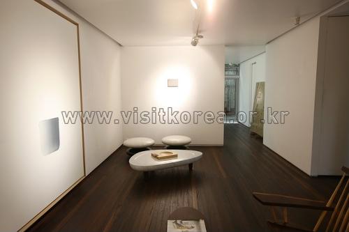 Галерея Чо Хён (조현화랑)16