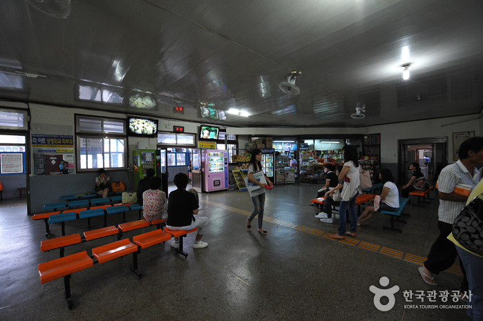 Jeongeup Bus Terminal (정읍버스터미널)