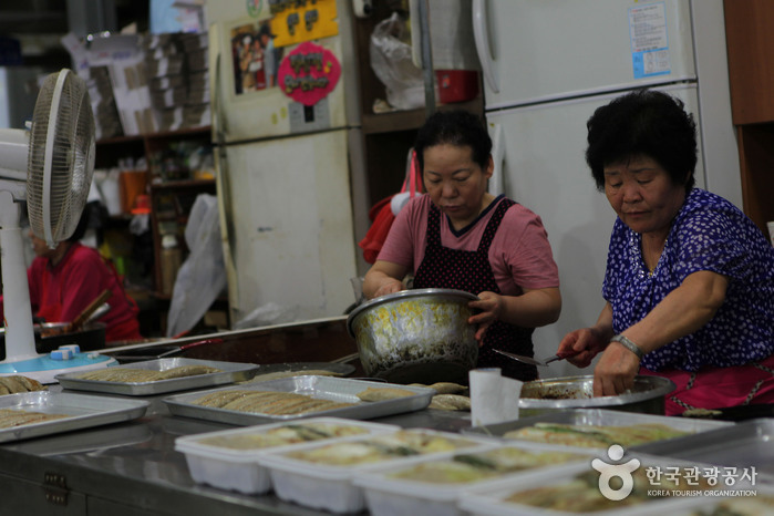Marché Seobu de Yeongwol (영월 서부시장)