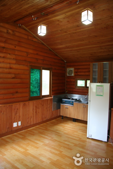 Erholungswald Jeamsan (제암산자연휴양림)