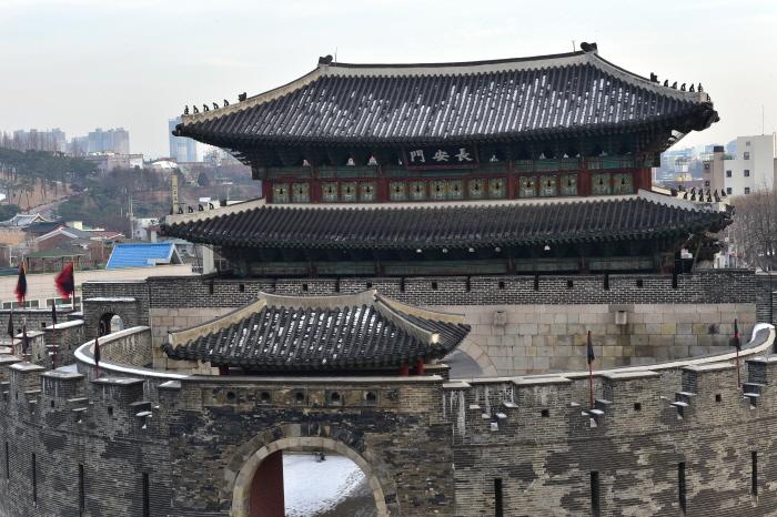 Janganmun Gate (장안문)