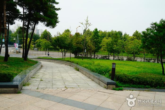 Woongjin Playdoci Waterdoci (웅진플레이도시 워터도시)
