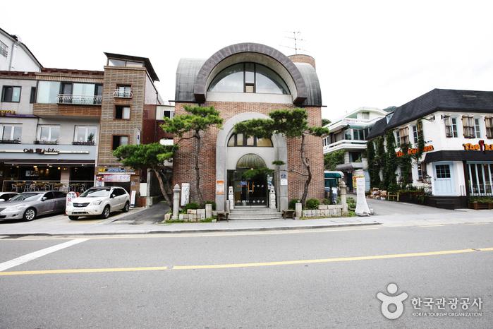 Darakjeong (다락정)