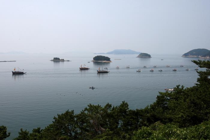 Festival der Hansan-Schlacht Tongyeong (통영 한산대첩축제)