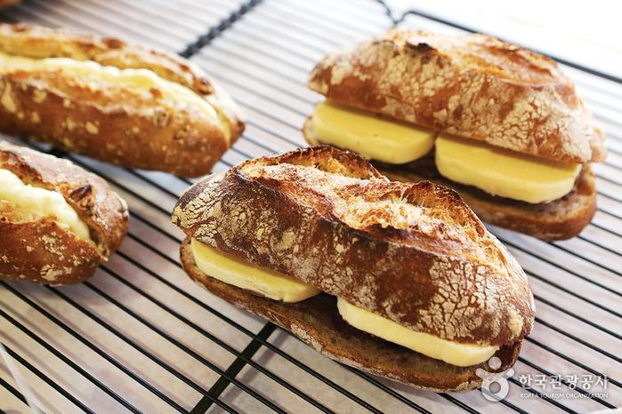 쿠아레 비 빵