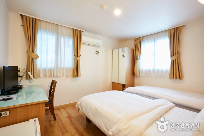 Appletree Hotel [Korea Quality] / 애플트리 호텔 [한국관광 품질인증]