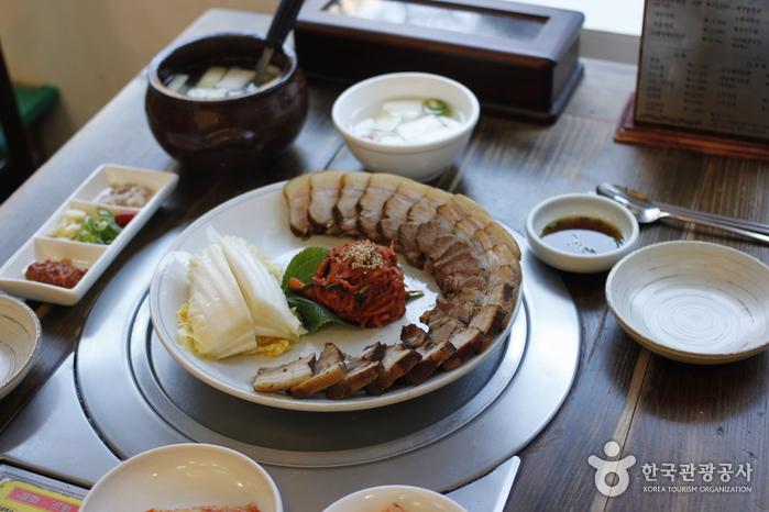 Ресторан Кесон Манду Кун / (개성만두 궁)15