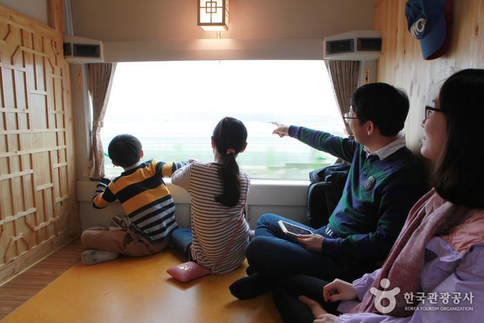 엄마, 아빠 손잡고 떠난 서해금빛열차 체험기, 온돌마루에 누워 홍성으로! 한나절 가뿐한 홍성여행은 보너스!