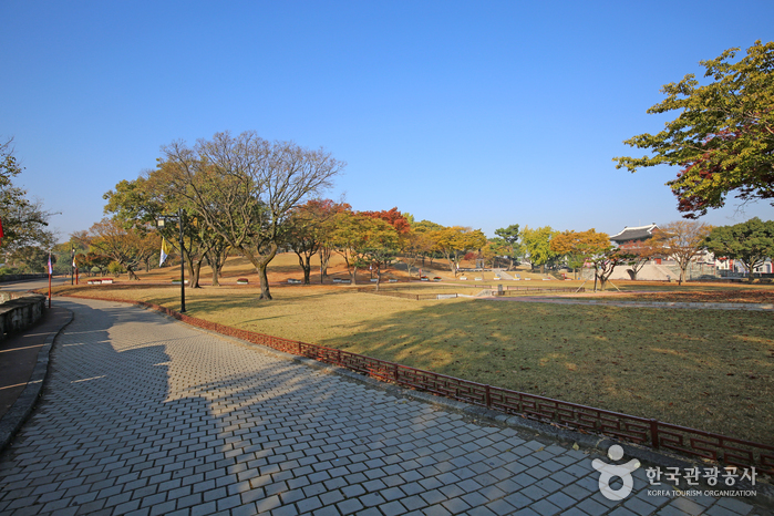 Крепость Чинчжусон (진주성)6