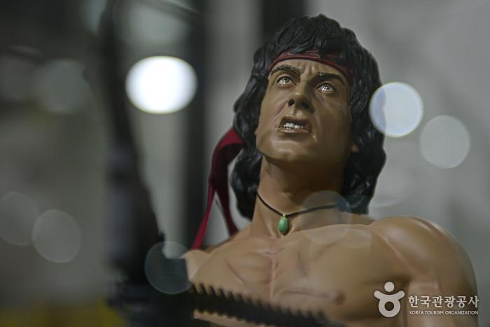 람보2의 실베스터 스텔론