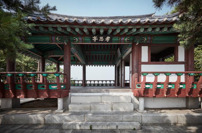 Hyosajeong Pavilion (효사정)