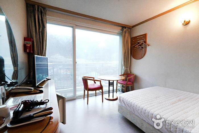 Galcheon Family Resort [Korea Quality] / 갈천훼미리리조트 [한국관광 품질인증]