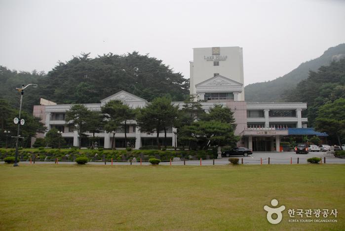 レイクヒルズホテル俗離山(레이크힐스 호텔 속리산)
