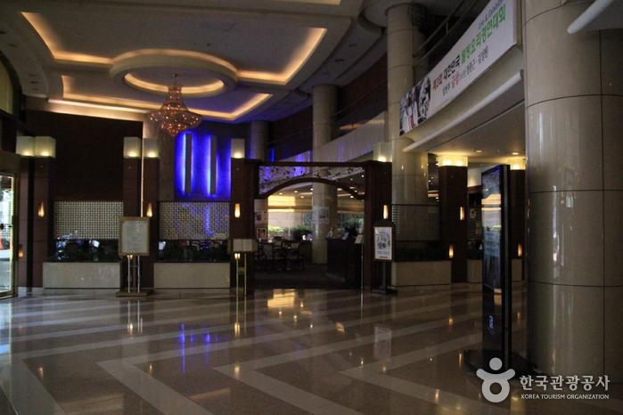 里维埃拉酒店(리베라 호텔)