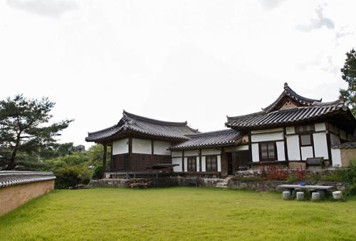Yangsodang House (안동김씨종택 양소당)[한국관광품질인증제/ Korea Quality]