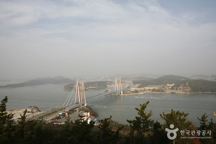 Jindo Bridge (진도대교)