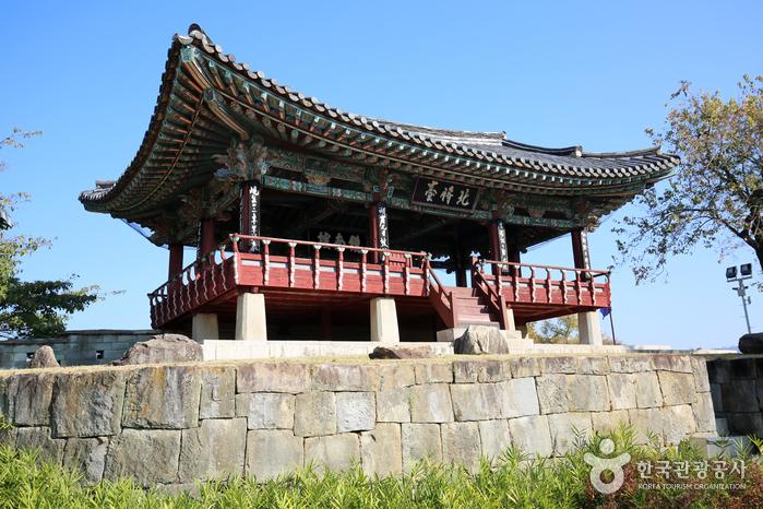 Крепость Чинчжусон (진주성)3