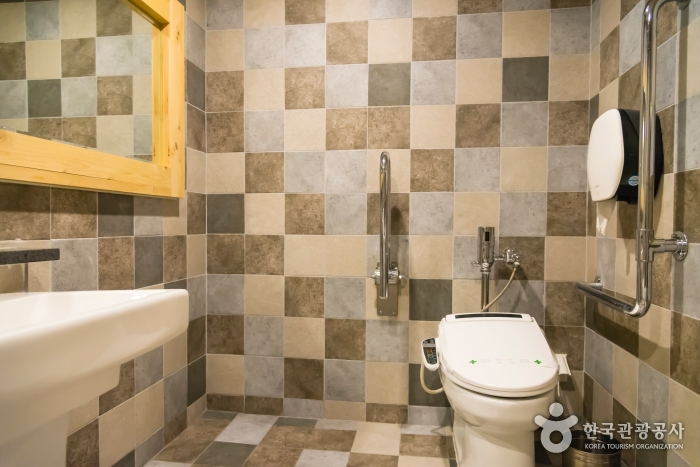 화장실 내부