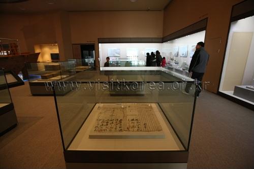 Музей современной истории города Кунсана (군산근대역사박물관)10