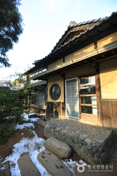 Japanese Style Home gunsan japanese-style house of sinheung-dong (hirotsu house) (군산